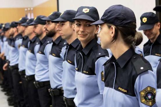 Nismo dislocirana enota katerekoli politične organizacije, sporoča policija