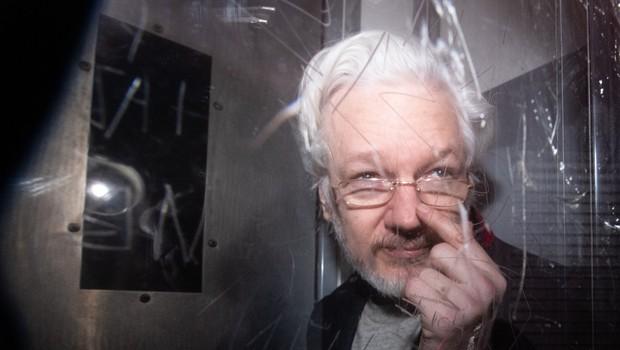 Zdravniki opozarjajo na neustrezno zdravstveno oskrbo Assangea v Londonu (foto: profimedia)