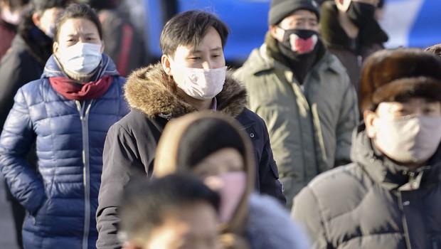 Na Kitajskem že več kot 2000 smrtnih žrtev, na Japonskem izkrcavajo potnike (foto: profimedia)