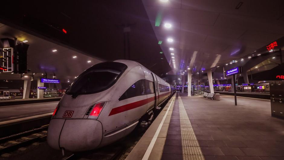 Panika v Avstriji: na meji z Italijo za več ur ustavljena vlaka (foto: profimedia)