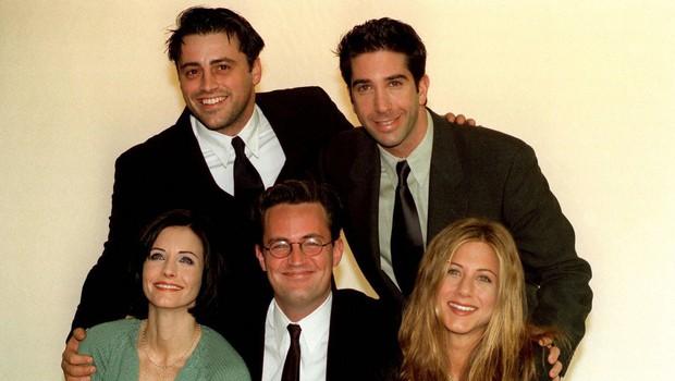 Igralci kultne serije Prijatelji po 25 letih spet skupaj (foto: profimedia)