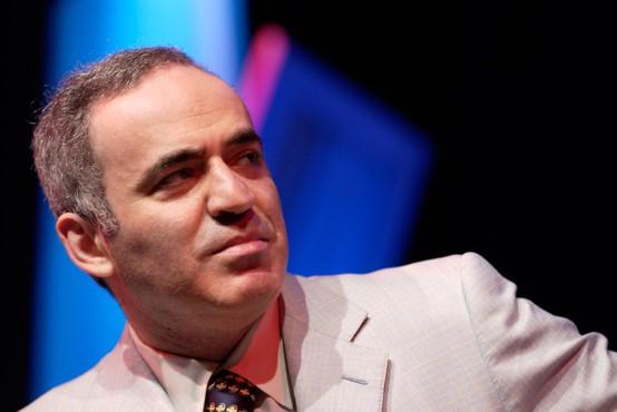 Kako je Gari Kasparov zakopal bojno sekiro z umetno inteligenco