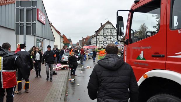 V nemškem Volkmarsnu po zadnjih podatkih več kot 50 poškodovanih (foto: profimedia)