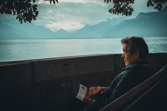 """""""Težko je v naši državi biti star!"""" ali zakaj v Sloveniji ne poskrbimo za starejše?"""