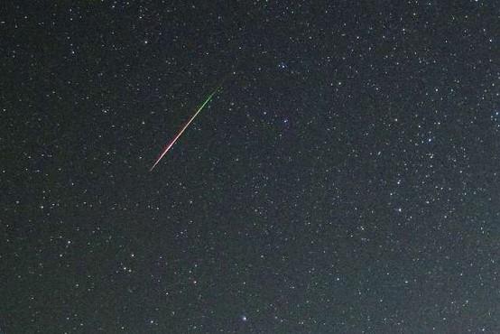 Nad Slovenijo eksplodiral meteorit, grmenje in svetlobo videli na Hrvaškem
