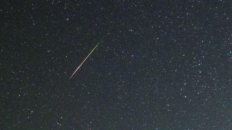 Nad Slovenijo eksplodiral meteorit, grmenje in svetlobo videli na Hrvaškem (foto: STA)
