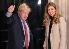 Britanski premier Johnson s partnerko Carrie pričakuje otroka
