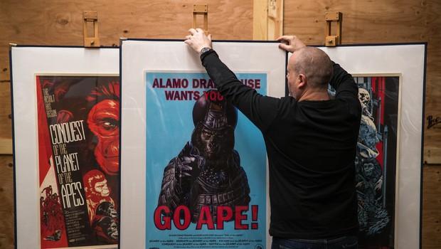 Iztržek na dražbi starih filmskih plakatov trikratno presegel pričakovanja (foto: profimedia)