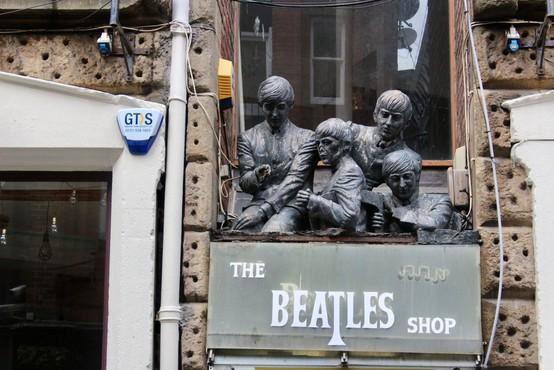 Avkcijska hiša Julien's bo dražila predmete skupine The Beatles