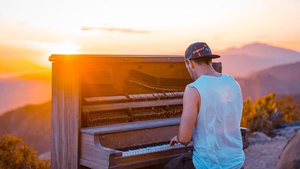 Uporaba glasbe v terapevtske namene: terapija, ki je primerna za vsakega človeka (foto: Unsplash)