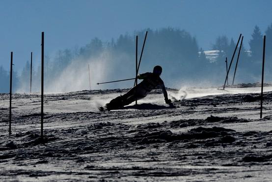 Svetovnega pokala v alpskem smučanju v Kranjski Gori konec tedna ne bo
