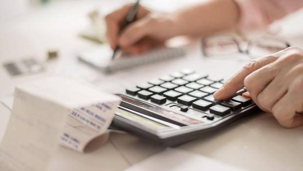 Ministrstvo za delo z novimi ukrepi, izplačevanje transferjev zagotovljeno (foto: profimedia)