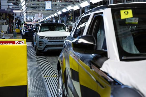 Se rešitev za pomanjkanje respiratorjev skriva v avtomobilski industriji?