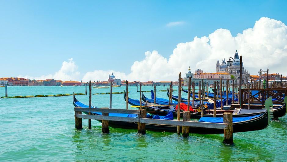 Dobra stran koronavirusa: v Benetkah spet čista voda v kanalih (foto: profimedia)