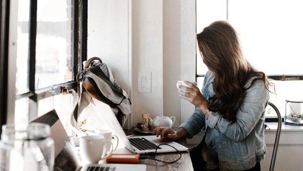 Podprite kvalitetno novinarstvo s svojim prispevkom (foto: Unsplash.com / Andrew Neel)