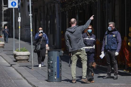 Kreativni izgovori Italijanov, ko si sredi karantene 'ukradejo' minuto na svežem zraku