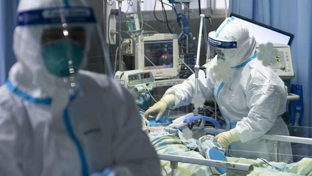 V Sloveniji umrl še tretji bolnik, okužen s koronavirusom (foto: Xinhua/STA)