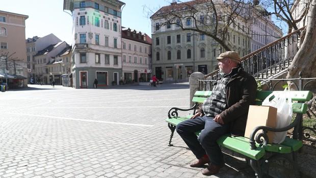 """Psihiatrinja Vesna Švab: """"Samoizolacija načne psihično stanje vsakogar"""" (foto: profimedia)"""