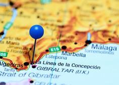 Popolna ignoranca: v španskem mestu so kamenjali reševalna vozila z obolelimi za koronavirusom