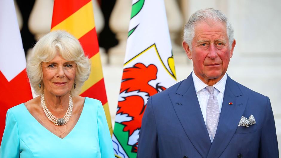 Princ Charles pozitiven na COVID-19: s soprogo Camillo je v samoizolaciji (foto: Profimedia)
