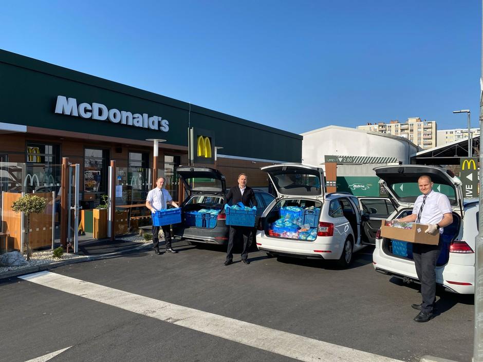 McDonald's doniral več kot 2 toni živil dobrodelnim organizacijam in domovom za starostnike po vsej Sloveniji (foto: promocijski materiali)