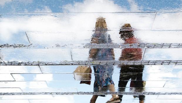 S ponedeljkom bodo smeli starejši po nakupe izključno med 8. in 10. uro (foto: profimedia)