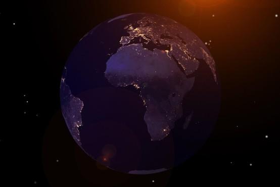 Ura za Zemljo: drevi ob 20.30 bomo spet za eno uro ugasnili luči