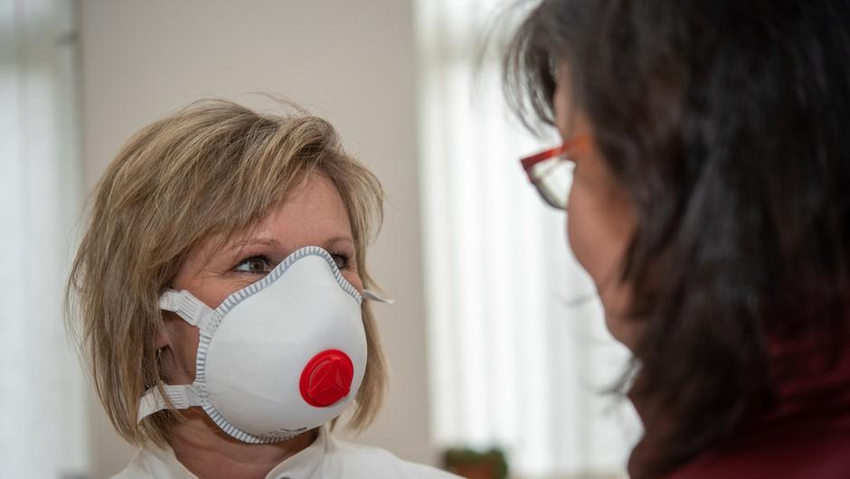 V Sloveniji še 52 okuženih, skupaj 684 (foto: profimedia)
