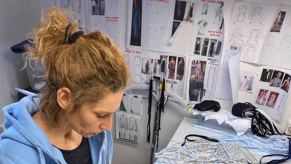 Slovenske modne oblikovalke združile moči in se lotile šivanja zaščitnih mask (foto: Jelena Proković)