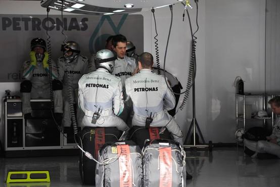 Mercedesov inovativni respirator v množično proizvodnjo