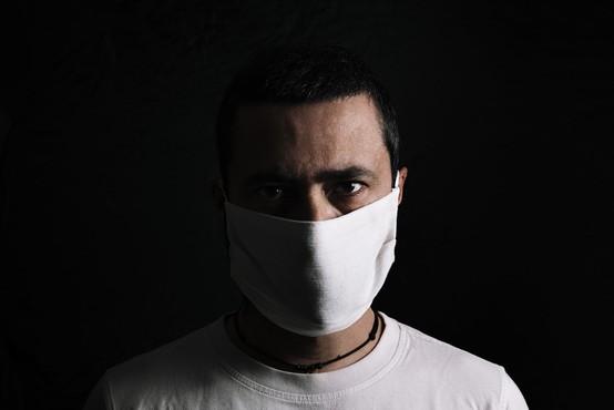 """Klinični psiholog Bojan Zalar: """"Samoizolacija lahko ima negativne psihološke posledice!"""""""