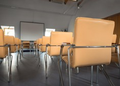 Osnovnošolce čaka preverjanje znanja na daljavo