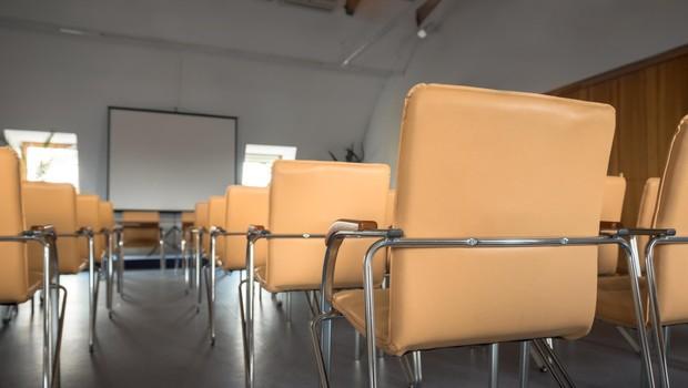 Osnovnošolce čaka preverjanje znanja na daljavo (foto: profimedia)