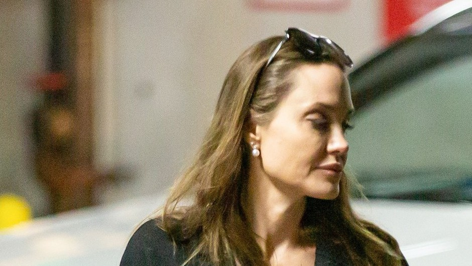 Angelina Jolie producentka oddaj za mlade o koronavirusu na BBC (foto: profimedia)