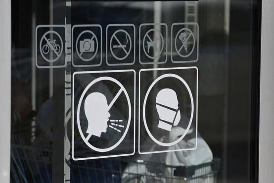 Pandemija po svetu zahtevala že več kot 70.000 življenj
