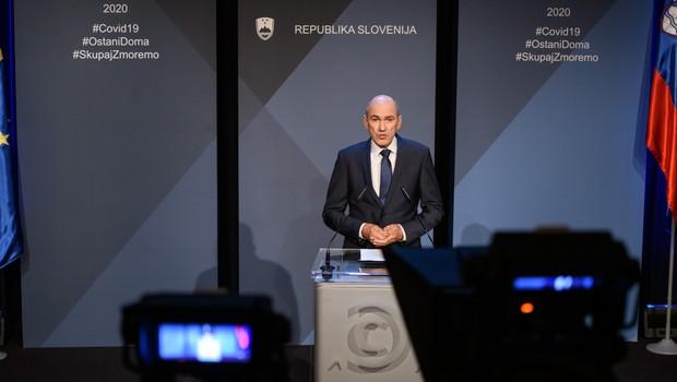 Situacija se umirja, zato Janša o možnosti rahljanja ukrepov (foto: Nebojša Tejić/STA)