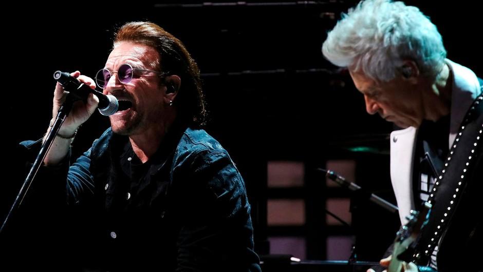 Irskemu zdravstvu so z 10 milijoni evrov priskočili na pomoč člani skupine U2 (foto: profimedia)