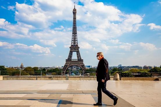 Francija podaljšuje stroge omejitve gibanja do 11. maja