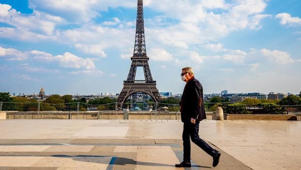Francija podaljšuje stroge omejitve gibanja do 11. maja (foto: Profimedia)