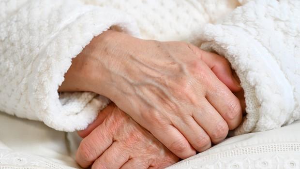 Kanadčani pretreseni ob odkritju, da so oskrbovanci v domu starejših zanemarjeni (foto: profimedia)