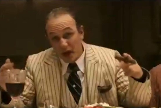 Tom Hardy bo na filmskem platnu upodobil življenje razvpitega mafijca Al Caponeja