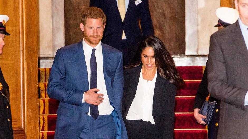 Meghan in Harry prekinila sodelovanje s štirimi britanskimi tabloidi (foto: Profimedia)