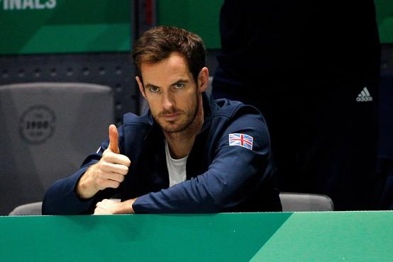 Teniški igralec Andy Murray na prošnjo hčerk poziral oblečen v krilu