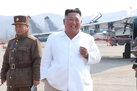 Kim Jong-un domnevno v kritičnem stanju po operaciji srca