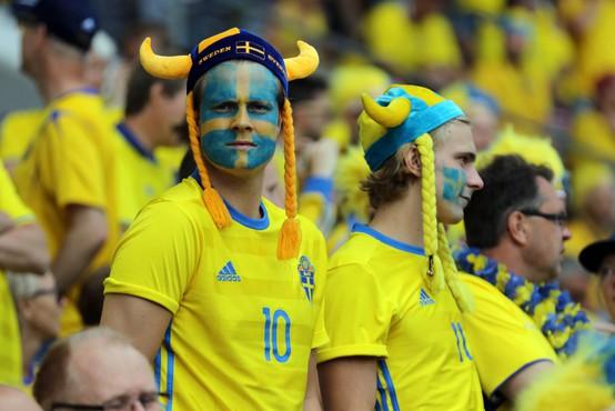 Švedi se ne dajo: nogomet pred polnimi tribunami