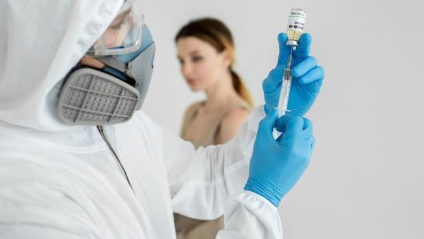 V Italiji poleti načrtujejo testiranje cepiva na ljudeh (foto: Profimedia)