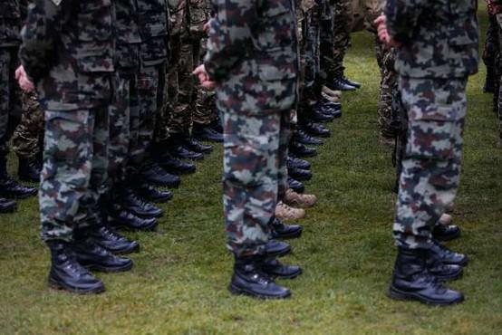 Okuženi trije slovenski vojaki na Kosovem