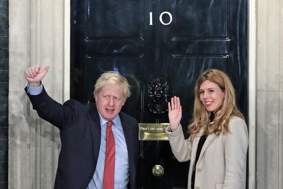 Britanski premier Boris Johnson se je razveselil šestega otroka
