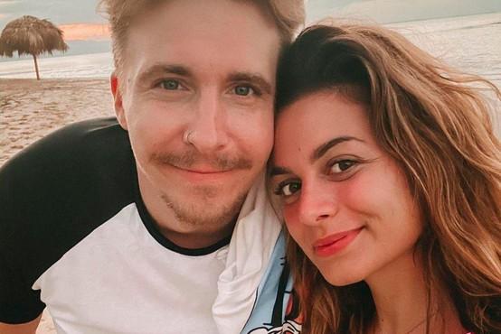 'Končala sva zvezo in se dogovorila, da se vidiva čez 5 let' (o paru, ki se je želel prepričati, ali si je zares usojen)
