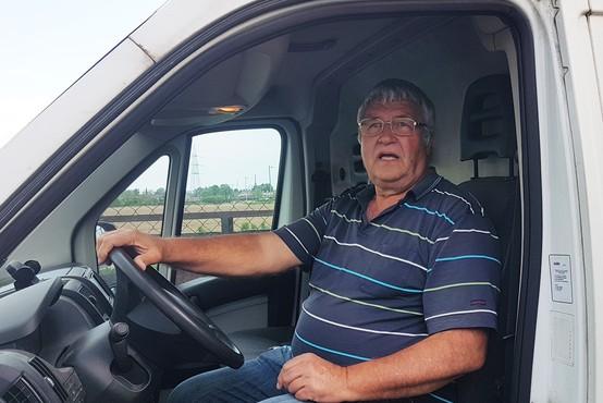 Prevoznik Zlatko Breznikar tudi v času krize premaguje kilometre